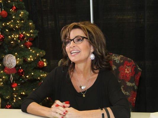 -Sarah Palin Book Tour by Michelle Tripp (25).JPG_20131211.jpg