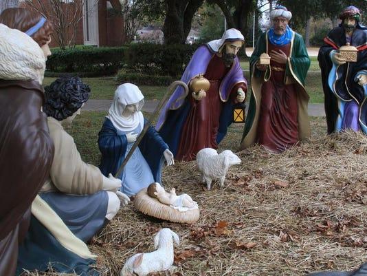 -MON Nativity 1225_0002.jpg_20131223.jpg