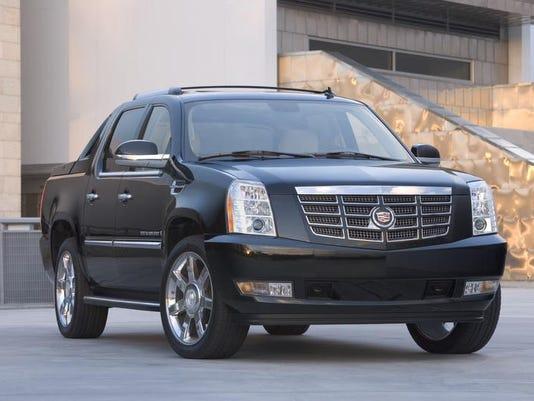 2010 Cadillac Escalade EXT.