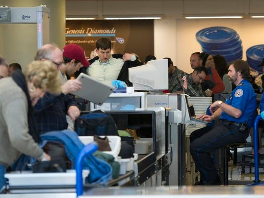 -NASBrd_03-02-2013_Tennessean_1_A006~~2013~03~01~IMG_airport-sequester01._1_.jpg