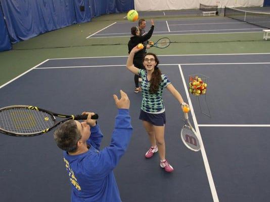 TJN 0110 tennis 1