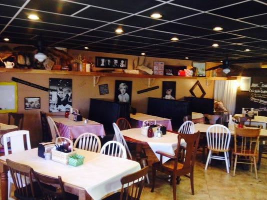 -Reuben's Smokehouse.jpeg_20131230.jpg
