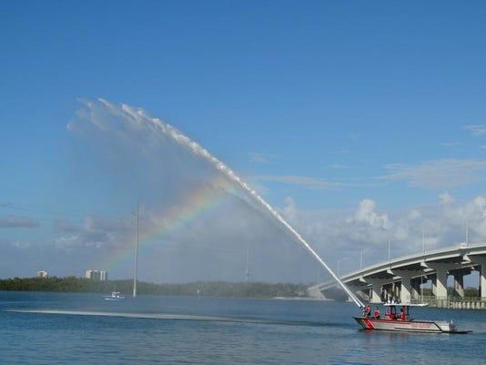 -fireboat dedication.jpg_20140204.jpg
