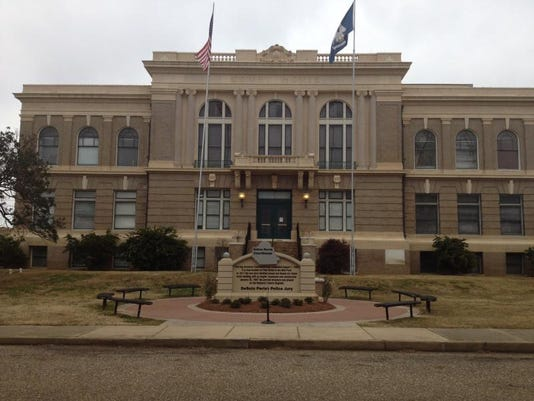 Courthouse2.JPG