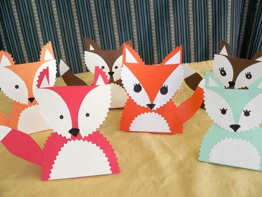 Crafts-Foxy Table main