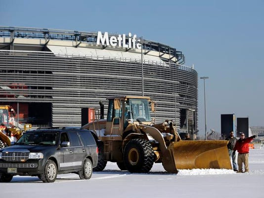 Super Bowl 2014 Snow Plans Football