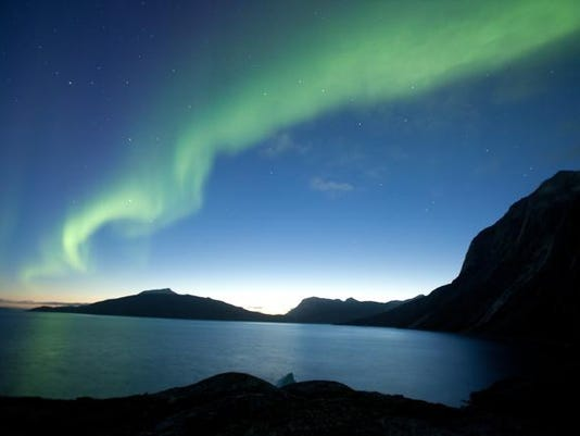 Aurora Borealis to sh_Powe.jpg