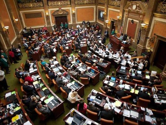 STG 0126 legislature preview 01.jpg
