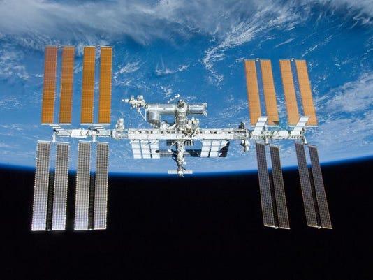 Space Station_Leig (3).jpg