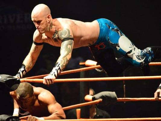 STG0110 wia stars wrestling_01.jpg
