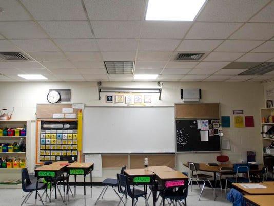 -BUR 1212 windowless classroom C4.jpg_20131212.jpg