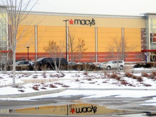 -022410 promenade shops biz 03 gsm.jpg_20100224.jpg