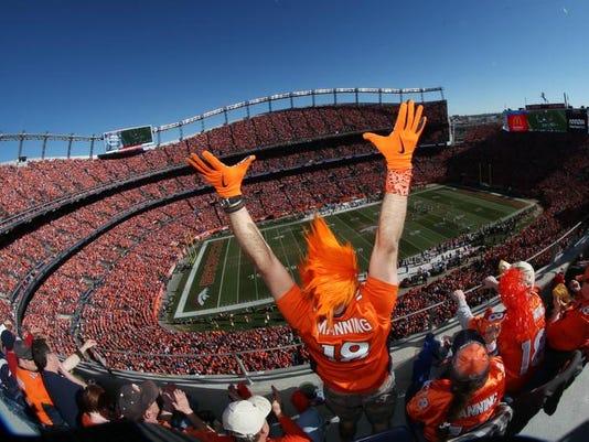 Patriots Broncos Foot_Powe (1).jpg