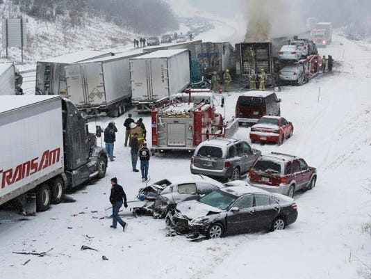 Multiple Vehicle Accident Indiana-GTI674KAD.1.jpg