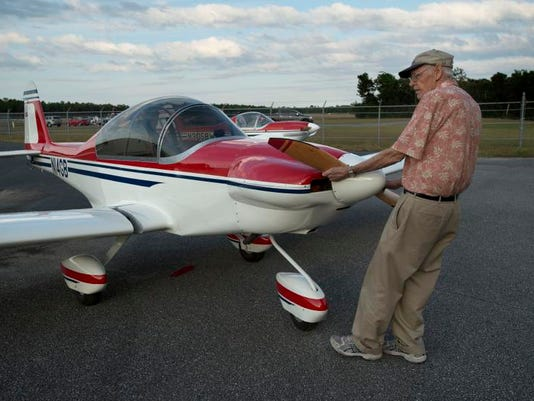 -experimental aircraft 5.jpg_20140102.jpg