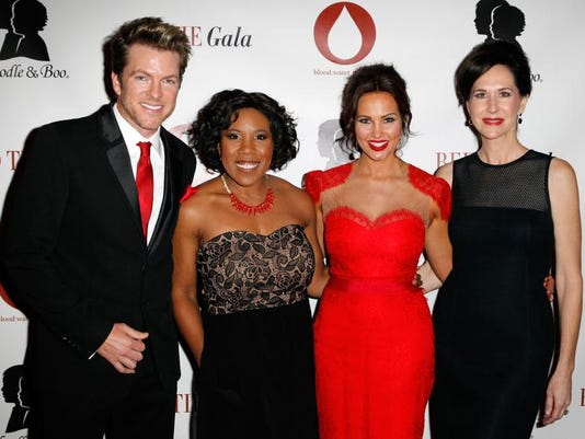 Red Tie Gala01