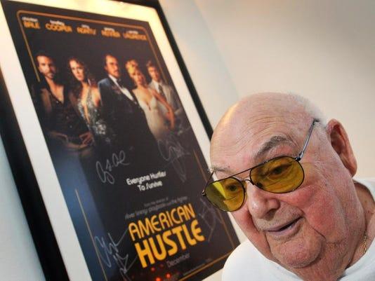 American Hustle Weinberg 2.jpg