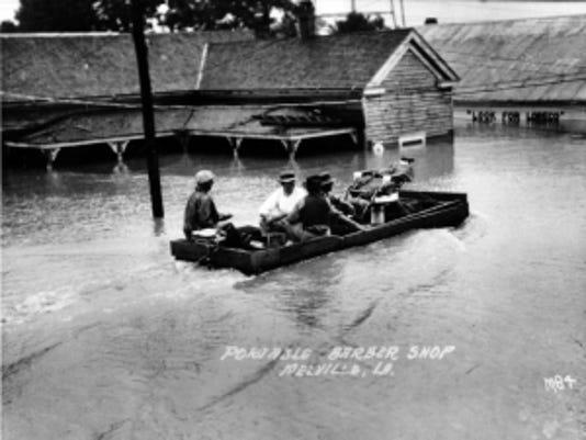 md-flood-in-melville-louisiana-during-the-louisiana-great-flood-of-1927.jpg