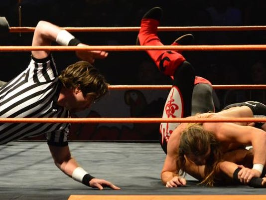 STG0107 dvt wrestling match 4.jpg