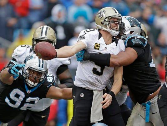 Saints Panthers Footb_Aske (5).jpg