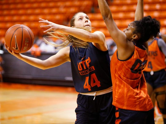 UTEP Miner Katarina Zec (44) goes through practice