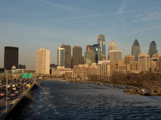 A view of the Philadelphia skyline and the Schuylkill