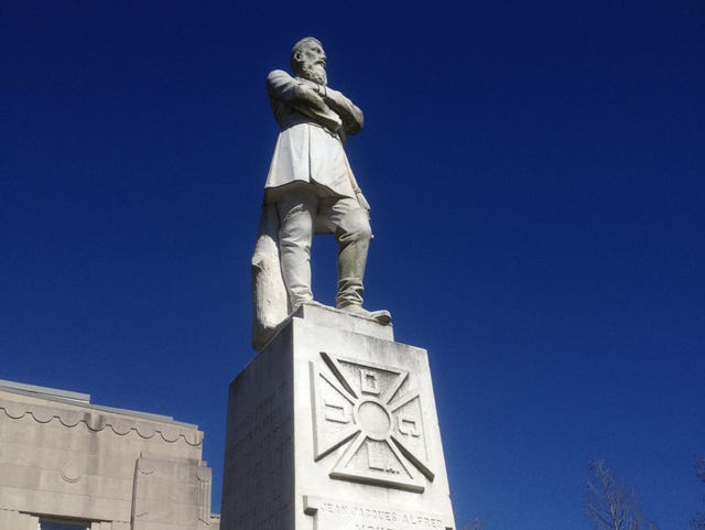 Should Lafayette remove Confederate statue from downtown?