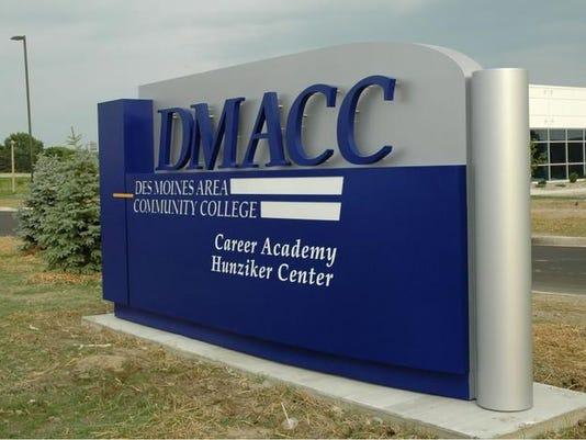 dmaccx2.jpg