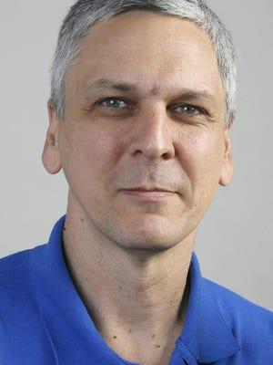 Ken KopczynskiSky Guy Ken KopczynskiThe Sky GuyKen Kopczynski, a member of the Tallahassee Astronomical Society, will be writing a new astronomy column for the Democrat November 15, 2007.