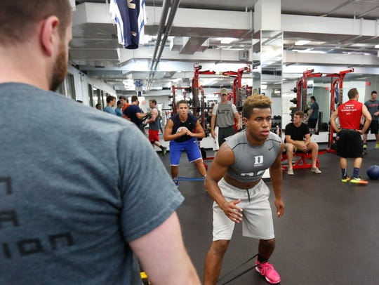 High school and college athletes work out LIFT on the
