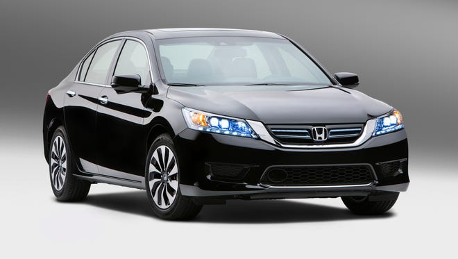 Honda Accord midsize sedan shoots to No. 2 on August list of best sellers, Ford Explorer and Nissan Sentra fall off.
