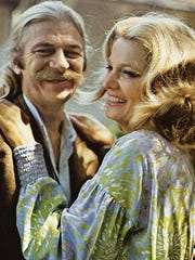 "Seymour Cassel and Gena Rowlands share a scene in 1971's ""Minnie and Moskowitz."""