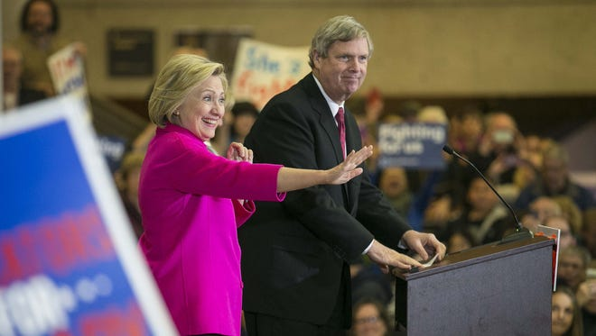 Secretary of Agriculture Tom Vilsack introduces Democratic presidential candidate Hillary Clinton during a rally at the State Historical Museum of Iowa Monday Jan 4, 2015, in Des Moines, Iowa.