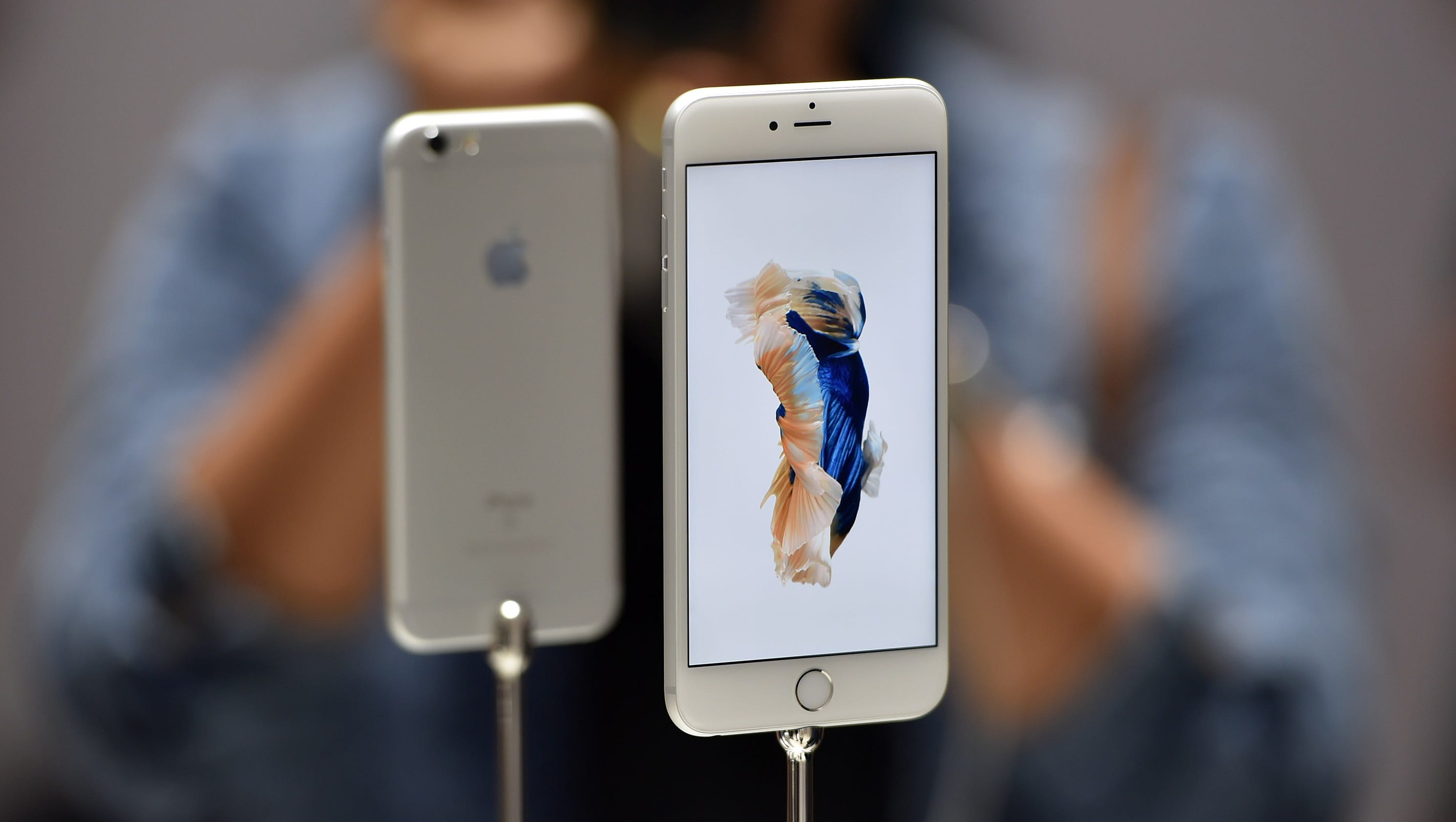 Eyeing iPhone 6S or 6S Plus? Here's how to sell your old iPhone