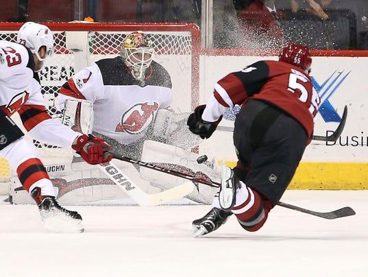 636478517068871903-Devils-Coyotes-Hockey-njha-2-.jpg