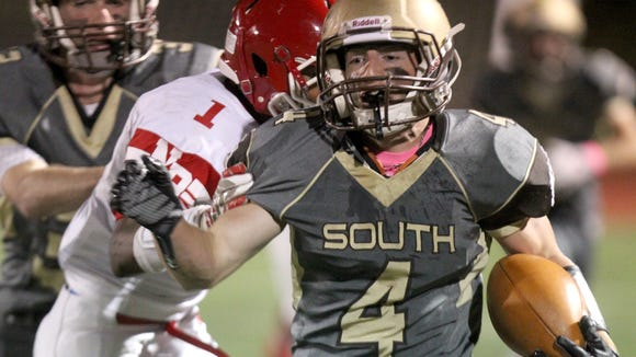 Clarkstown South's Kyle Samuels breaks past North Rockland's