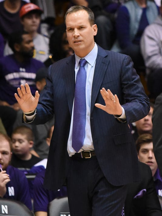 Northwestern coach Chris Collins gives instructions to his team during the first half of an NCAA college basketball game against Maryland on Saturday, Jan. 2, 2016, in Evanston, Ill. (AP Photo/David Banks)