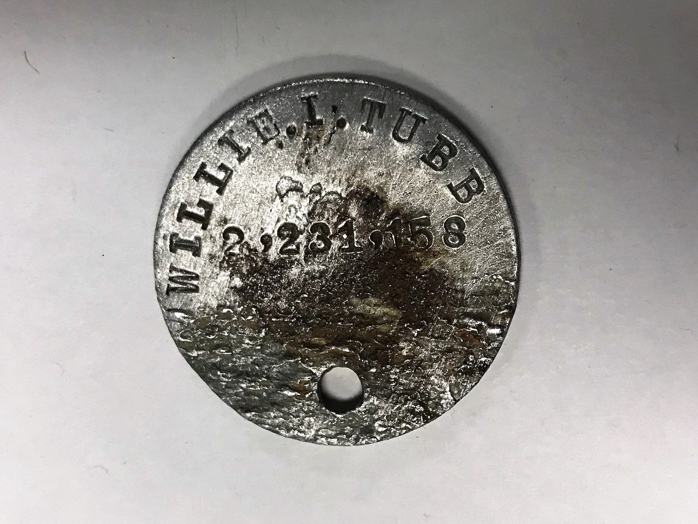 Willie Tubb's World War I dog tag, showing his name.