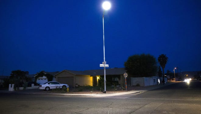 Phoenix is in the midst of replacing approximately 100,000 light fixtures.The city has begun switching out the lights in most of central Phoenix and parts of northeast Phoenix. The entire city will have fresh fixtures by fall 2019.