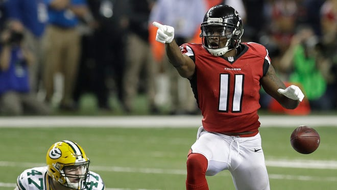 Atlanta Falcons' Julio Jones Jones is the Alabama Sports Writers Association's pro athlete of the year. The Atlanta wide receiver earned the award after helping the Falcons make their first Super Bowl appearance since 1998 and second in franchise history.