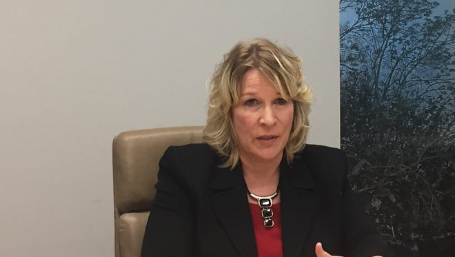 Kim Weaver of  Sheldon speaks to the Des Moines Register's editorial board