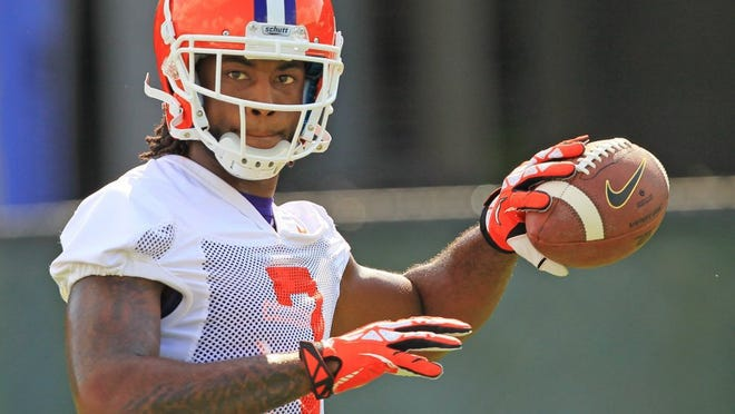 Clemson wide receiver Mike Williams (7) warms up during practice Wednesday August 3 at the football practice facility in Clemson.