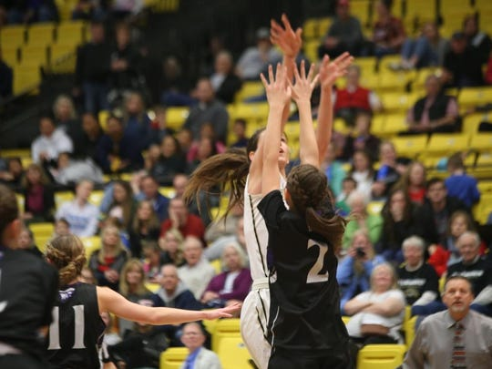 Lehi upset Desert Hills, 45-41, in the 4A state quarterfinals