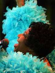 04 May 2008 (jwsunmim6) Photo by Jim Weber: Soul music legend Aretha Franklin performs on the Sam's Town Stage during the 2008 Memphis in May Beale St. Music Festival at Tom Lee Park Sunday.