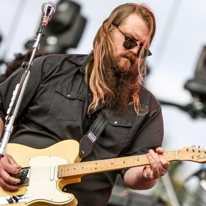Country music darling Chris Stapleton will co-headline