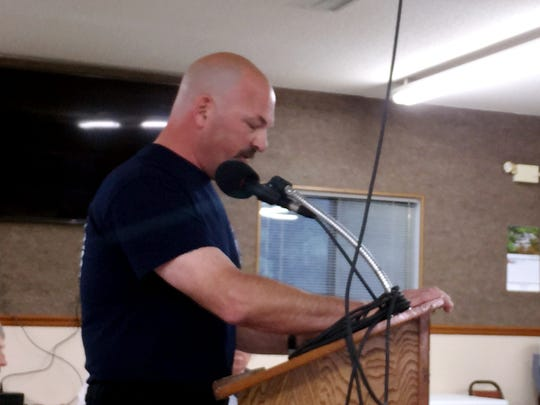 Mike Green, training officer for the Bull Shoals Fire Department, tells the city council other firefighters no longer trust Brian Williams.