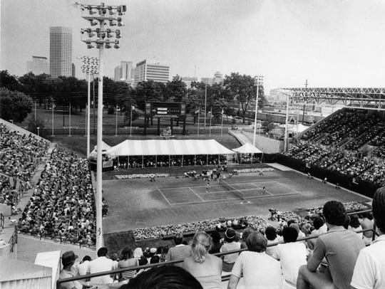 On summer nights in the 1980s, the Indianapolis Tennis