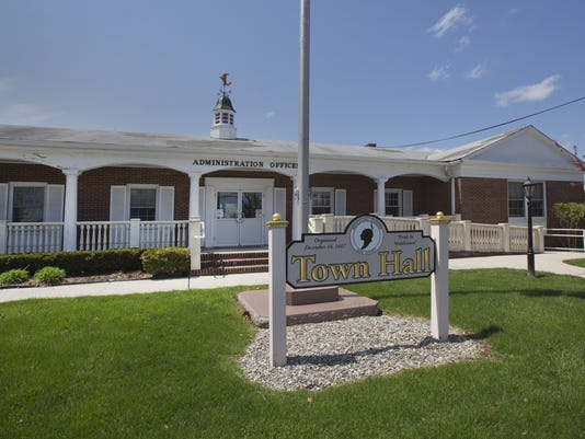 635938159977948217-Middletown-Township-Hall.jpg