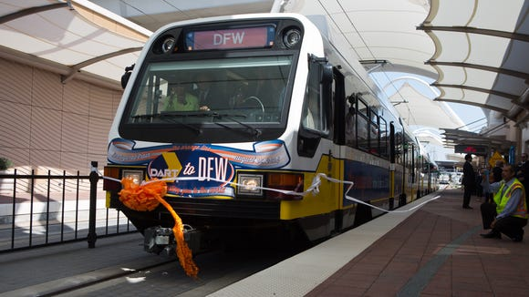 Dallas/Fort Worth airport celebrates downtown rail link