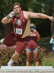 Florida State redshirt junior Austin Droogsma carries